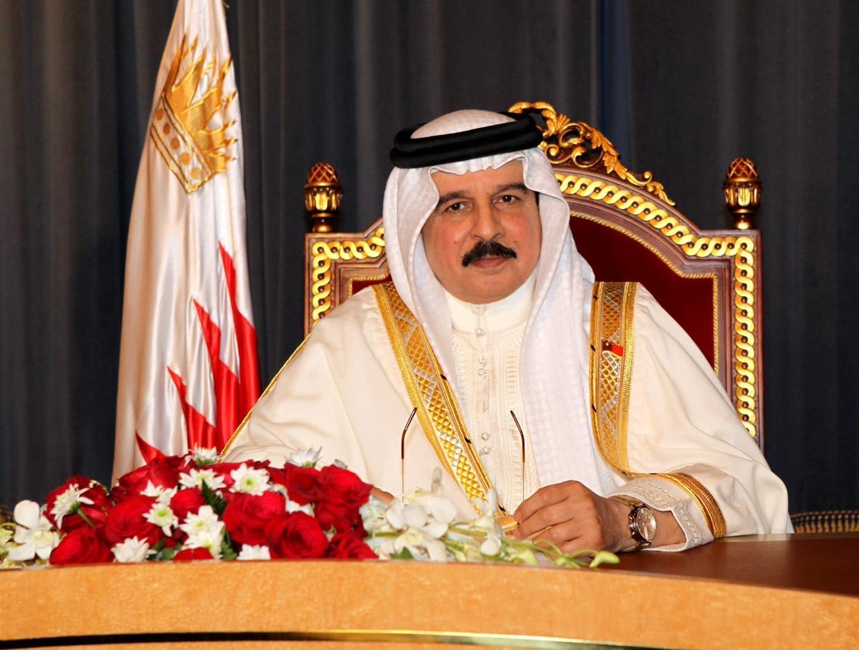 العاهل البحرينى يبهنئ السيسى ببدء الفترة الرئاسية الجديدة
