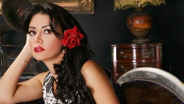 فيديو| رانيا يوسف تتضامن مع أغاني المهرجانات برقصة مثيرة