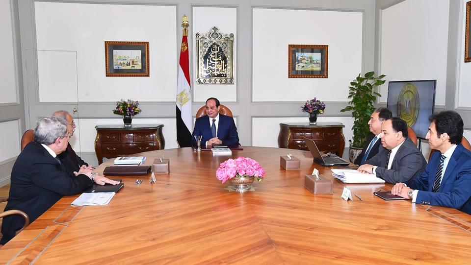 الرئيس السيسي يشدد على تطبيق منظومة التأمين الشامللحل المشكلاتقطاع الصحة