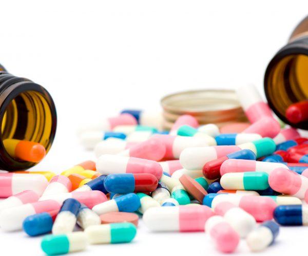 دراسة تتناول دور الأدوية المغشوشة ومنتهية الصلاحية في انتشار الملاريا