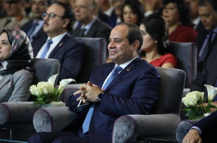 السيسي يداعب المعارضة و يشكر المرشح الرئاسي السابق
