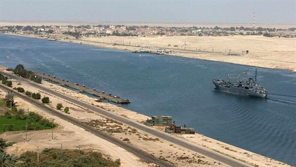عبور 67 سفينة لقناة السويس بحمولات بلغت 5 ملايين طن