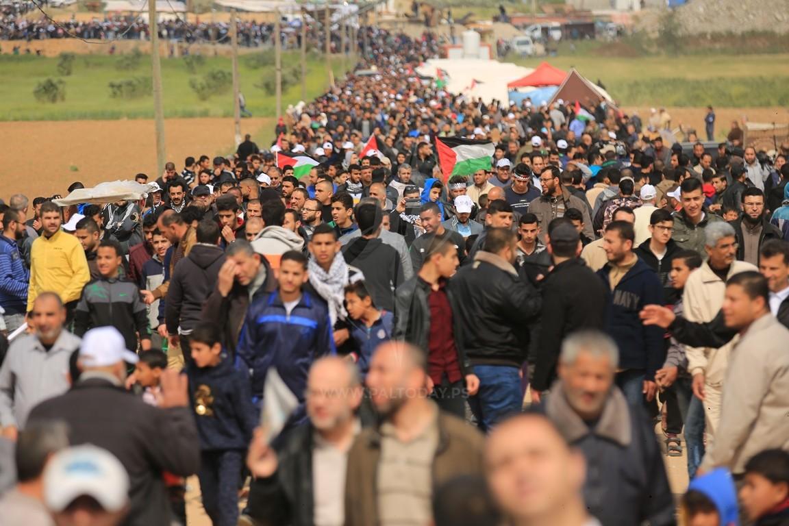 """الفلسطينيون يستعدون لـ""""جمعة الوفاء للشهداء والجرحى """""""