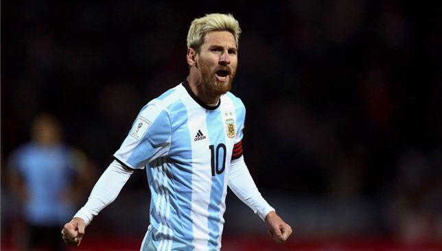 ميسي : الأرجنتين ليست مرشحة للفوز بالمونديال