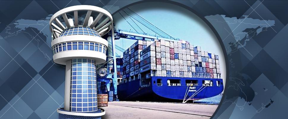 ميناء دمياط يستقبل 8 سفن في 24 ساعة