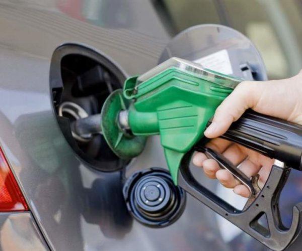 زيادة أسعار البنزين بقيمة 25 قرشا للتر
