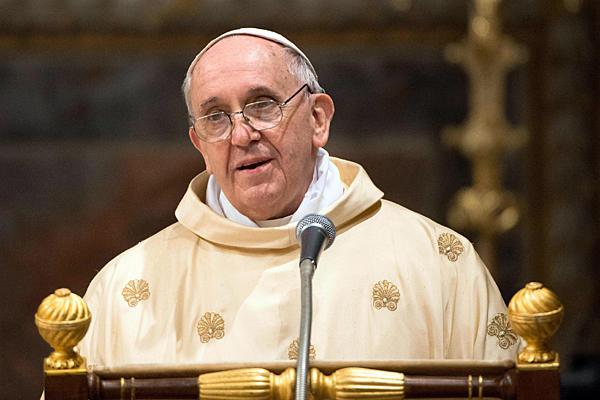 """بابا الفاتيكان يدعو للحوار من أجل تجنب وقوع """"كارثة إنسانية"""" في سوريا"""