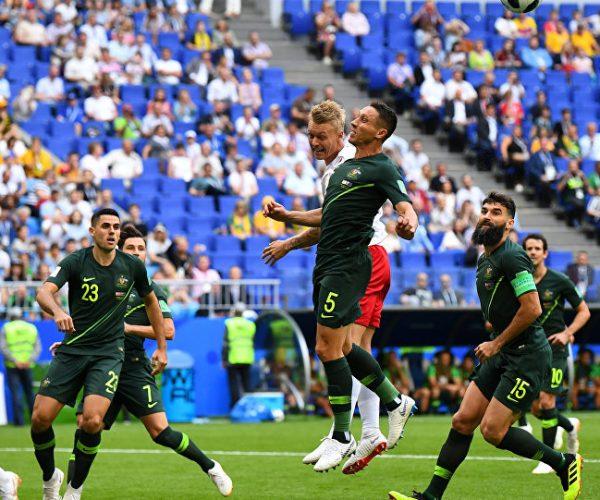 الدنمارك تفشل في حسم تأهلها لدور الـ16 بالمونديال بتعادلها مع أستراليا