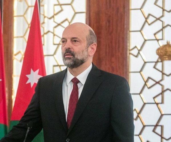 رئيس الوزراء الاردني المكلف يعلن سحب مشروع قانون ضريبة الدخل