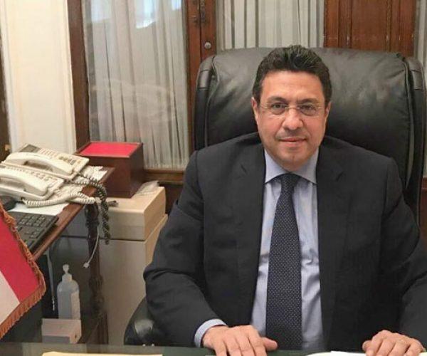 """سفير مصر بالكويت: مبادرة """"تكاتف"""" وفرت مساعدات لـ18 ألفا من أبناء الجالية"""