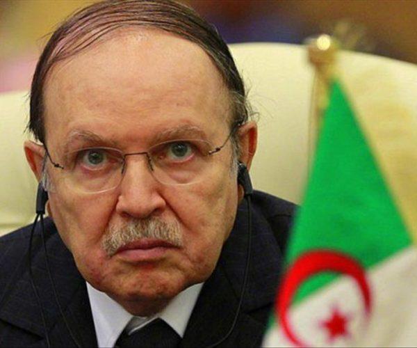 ثاني أكبر أحزاب الجزائر يرحب باستقالة بوتفليقة ويشيد بموقف الجيش