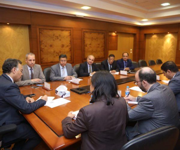بالصور | وزير النقل يبحث مع وفد البنك الدولي سبل التعاون