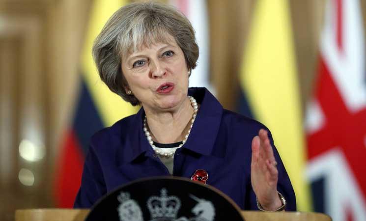 رئيسة الوزراء البريطانية : يوجد خياران لتجنب الخروج من بريكست دون اتفاق
