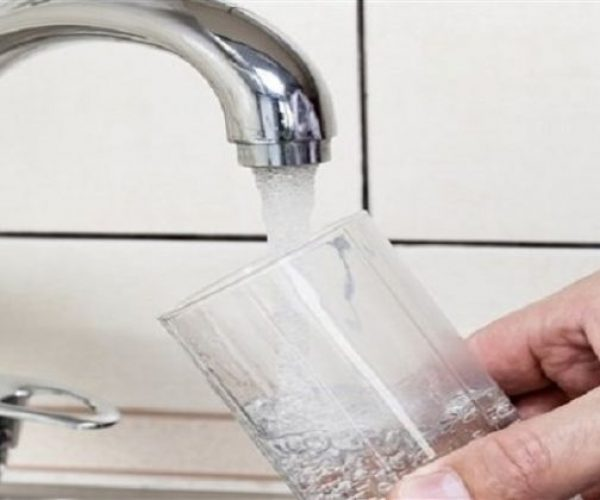 معلومات الوزراء ينفي تحديد الحكومة ثلاثة لترات مياه يوميا لكل مواطن