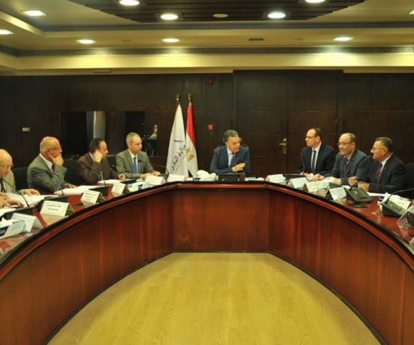بالصور | وزير النقل يترأس عمومية المصرية لصيانة خطوط السكك الحديدية