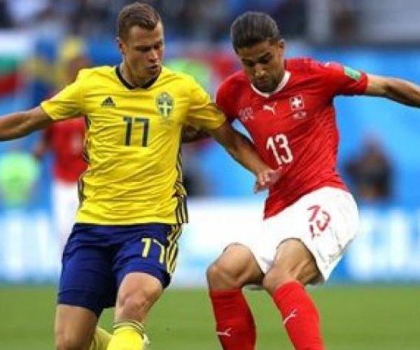 في الشوط الأول..السويد تتعادل مع سويسرا بدون أهداف