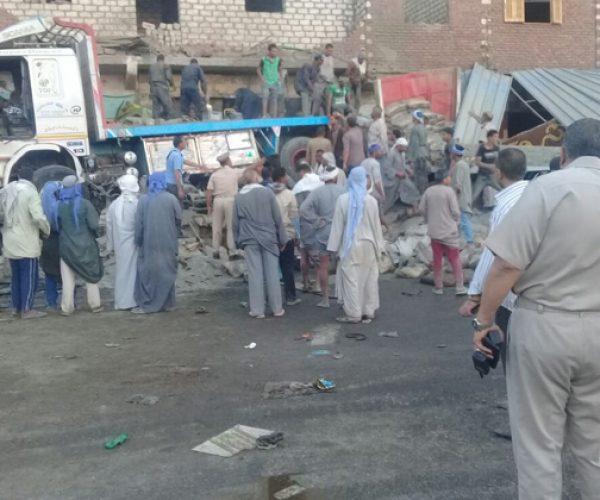 """النائب العام يأمر بضبط سائق """"التريلا"""" المتسببة في حادث المنيا"""