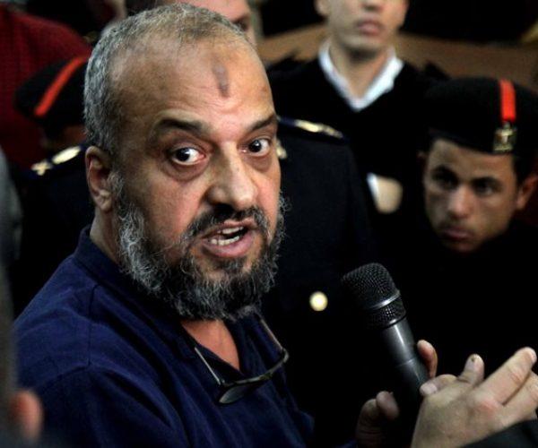 الحبس عام مع ايقاف التنفيذ للبلتاجي والحسيني وأمين لإهانة المحكمة