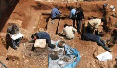 العثور على تابوت أثري أسفل عقار بالإسكندرية