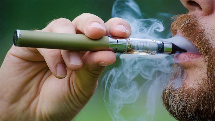 السيجارة الإلكترونية شبح جديد لصناعة الموت