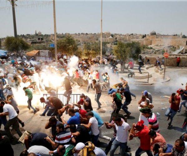 إصابة 11 فلسطينيا بالاختناق خلال مواجهات مع الاحتلال في الضفة الغربية