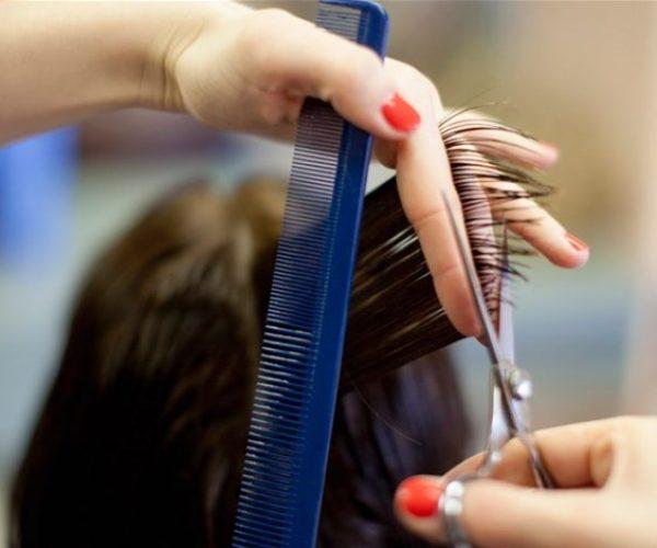 6 علامات تنبّهك بضرورة قص شعركِ