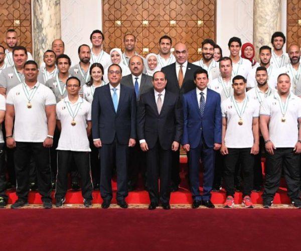 تكريم أبطال البعثة الرياضية بدورة العاب البحر المتوسط