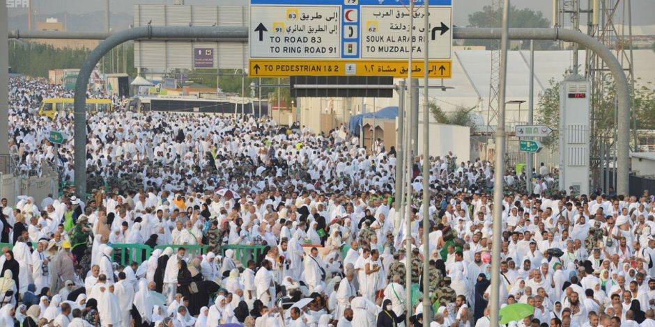 اكتمال وصول جميع الحجاج إلى مخيماتهم في عرفات