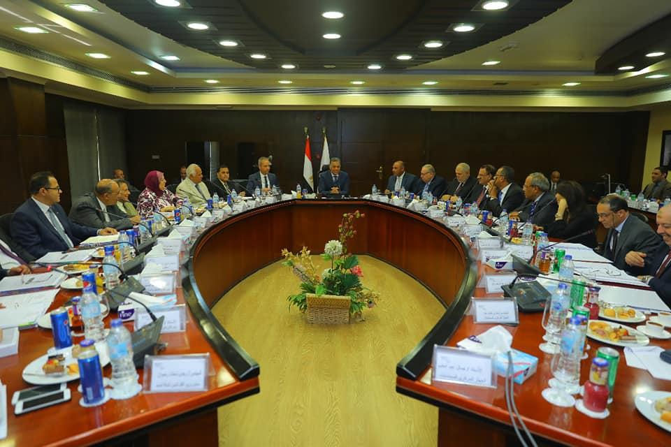 صور | وزير النقل يترأس اجتماع الجمعية العامة العادية لشركة MOT للاستثمار