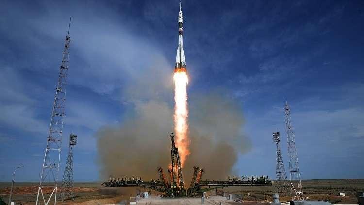 الإمارات تطلق ثالث قمر صناعى إلى الفضاء فى أكتوبر المقبل