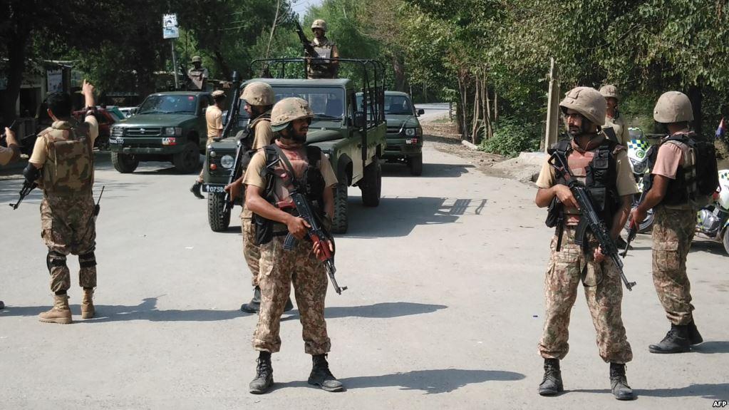 مقتل 5 جنود باكستانيين فى انفجار عبوة ناسفة شمال غربى البلاد