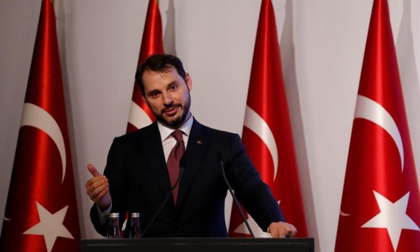 وزير المالية التركي : نتخذ إجراءات لتهدئة مخاوف السوقبعد هبوط الليرة