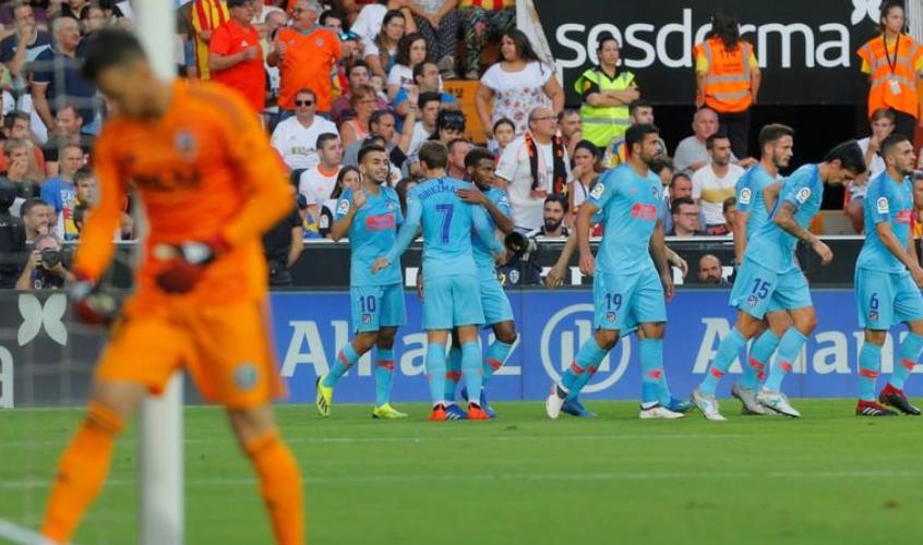 بلنسية يتعادل مع اتليتيكو في مباراة مثيرة في دوري اسبانيا