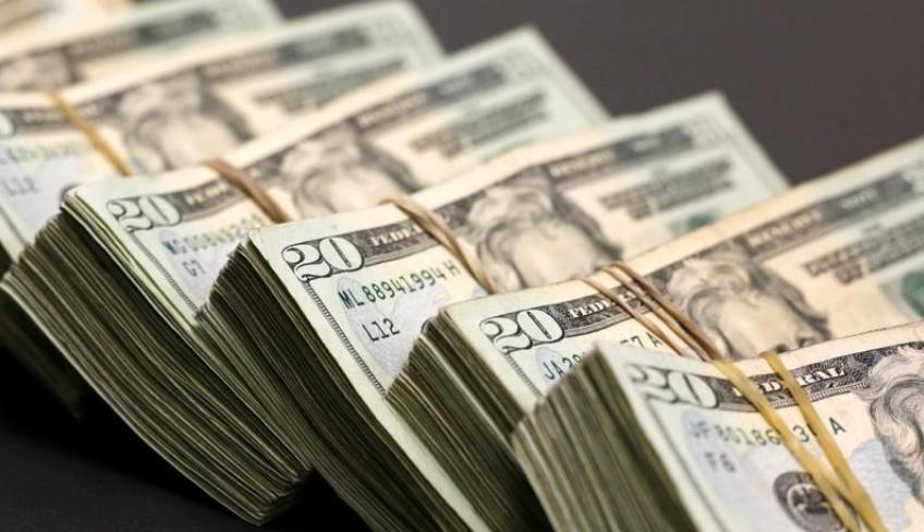 استقرار لأسعار صرف الدولار أمام الجنيه في البنوك