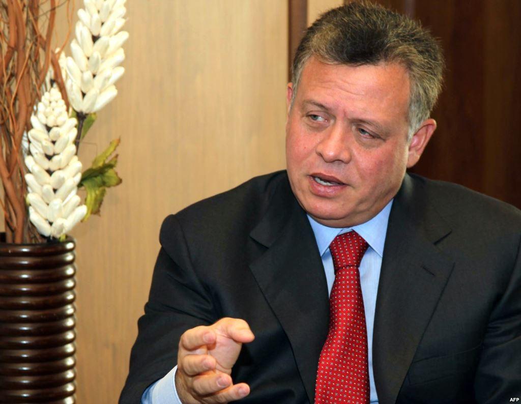 العاهل الأردنى يعزي الرئيس الفلسطيني في وفاة صائب عريقات