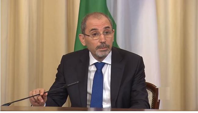 وزير الخارجية الأردني : عمان ليست مستعدة لفتح معبر حدودي مع سوريا