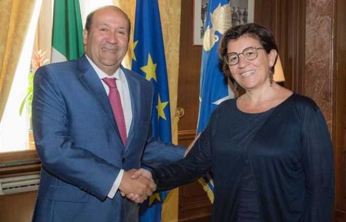 وزيرة دفاع إيطاليا : مصر شريك لا غنى عنه في منطقة البحر الأبيض المتوسط