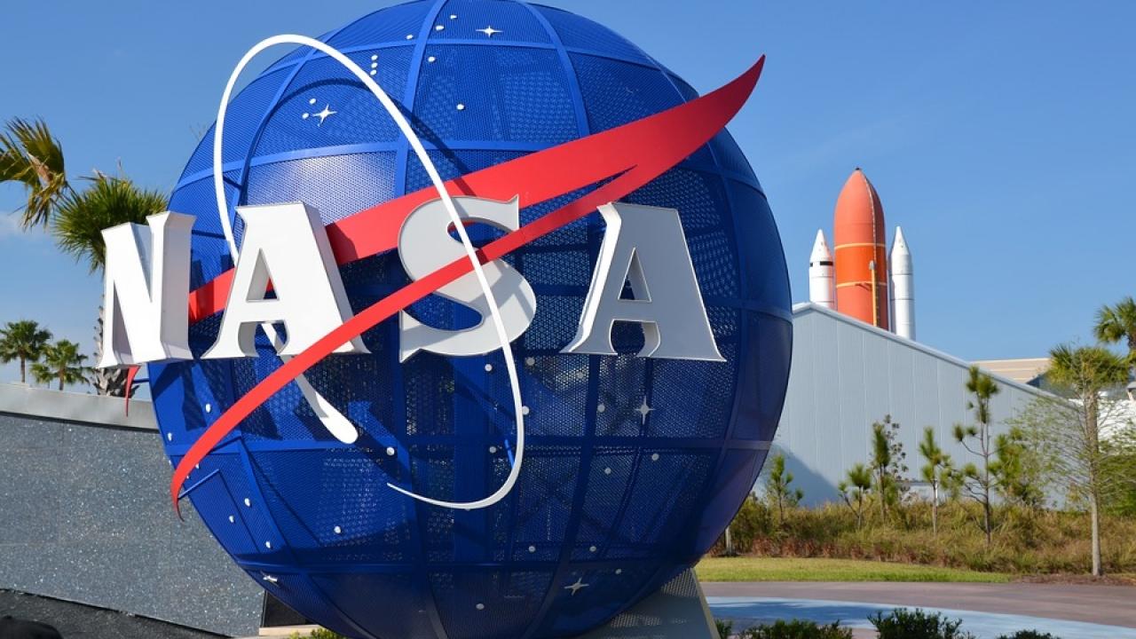 «ناسا» تطور طائرات كهربائية تعمل بالوقود الهيدروجينى السائل
