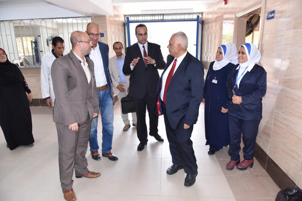 مساعد وزيرة الصحة يتفقد المنشآت الطبية ببورسعيد