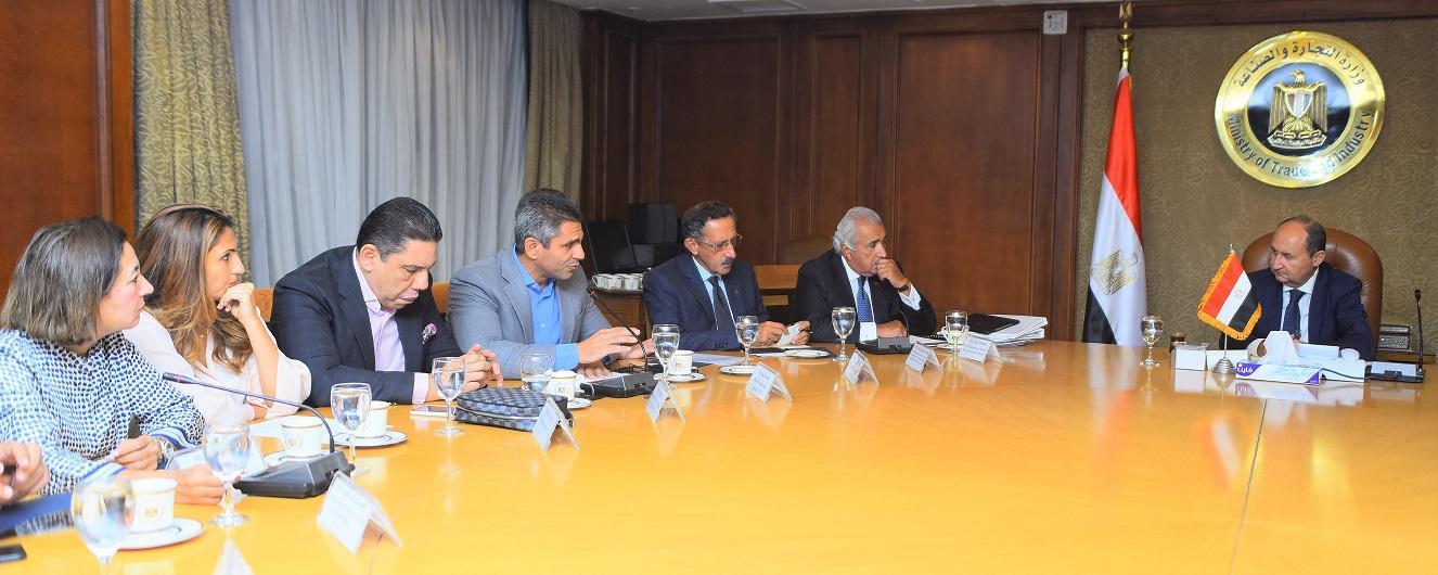 وزير التجارة يبحث زيارة مجلس الأعمال المصري الأمريكي لواشنطن