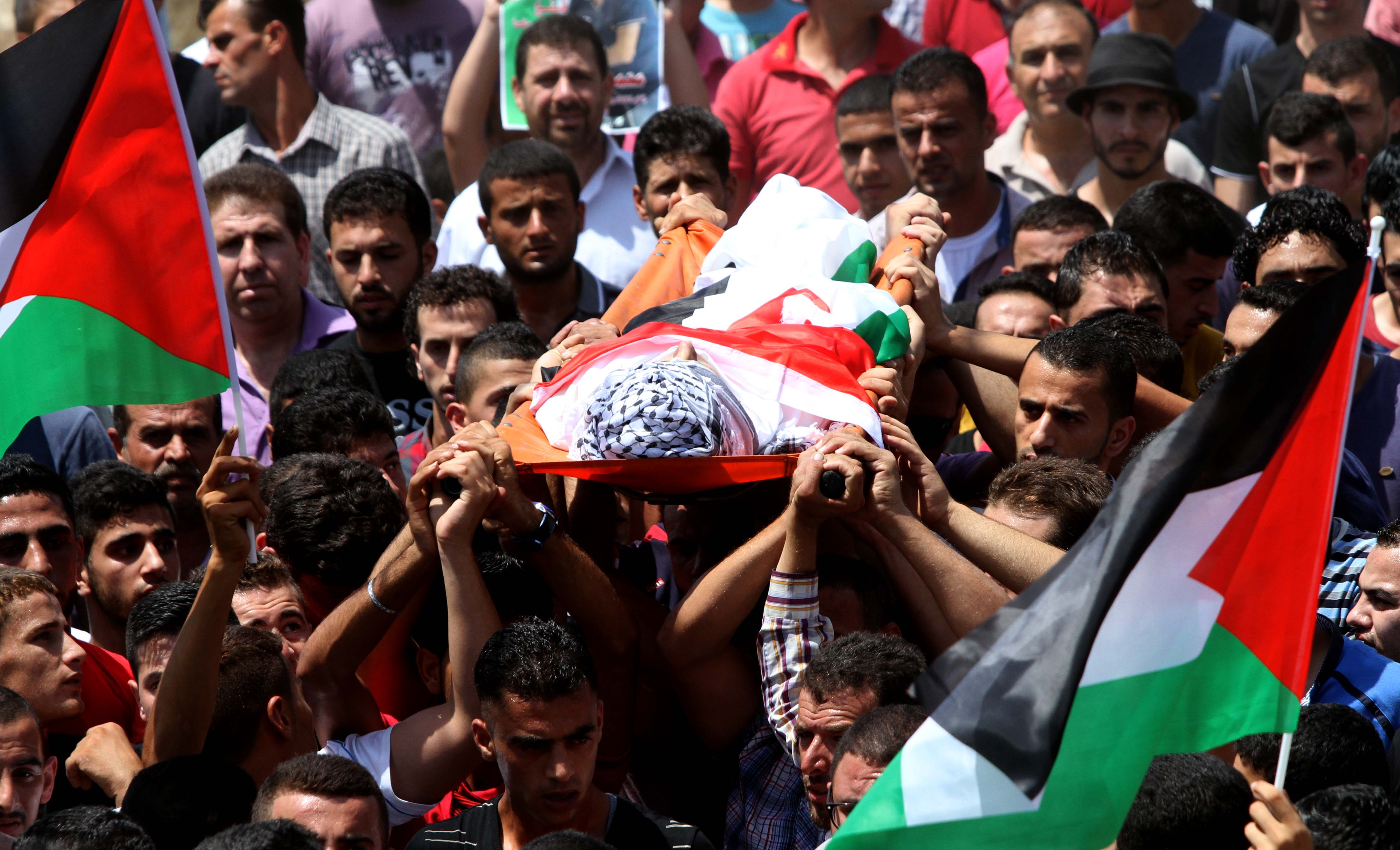 تشييع 3 شهداء فلسطينيين أحدهم طفل بقطاع غزة