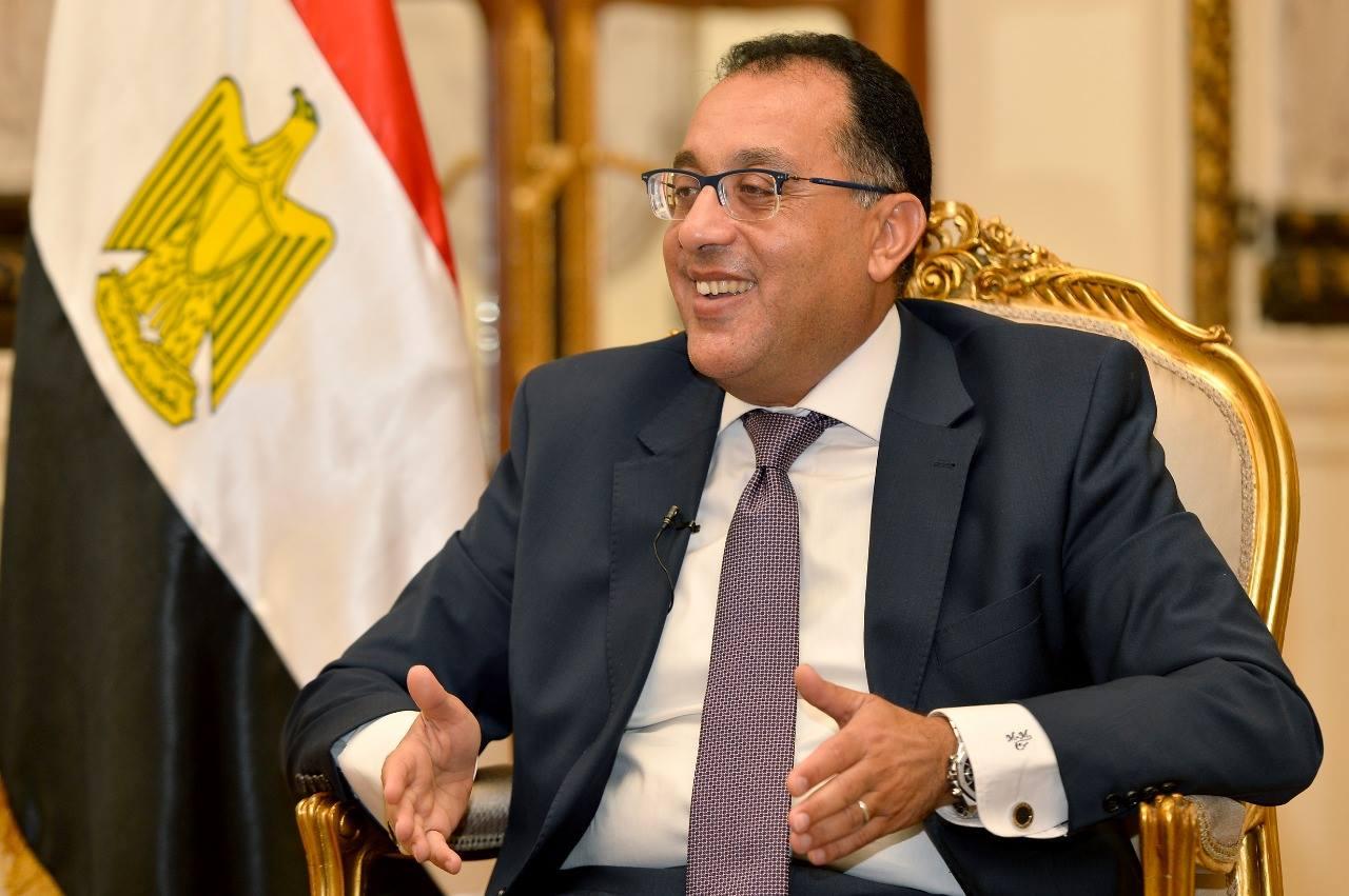 رئيس الوزراء  : نضع التنمية وتعزيز البنية التحتية فى سيناء على رأس أولوياتنا