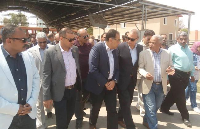 رئيس الوزراء يشيد بحجم البناء والعمران الكبير بمدينة قنا الجديدة