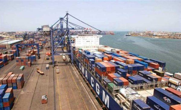 النقل: تصدير 42 ألف طن فواكه وخضراوات عبر الموانئ آخر 24 ساعة