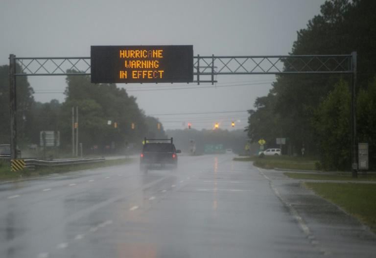 أمطار تسبب فيضانات كارثية في شرق الولايات المتحدة جراء العاصفة فلورنس