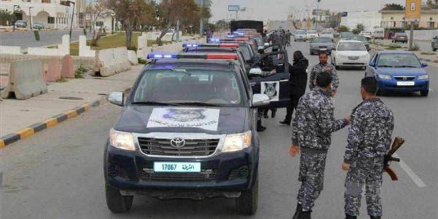 الداخلية الليبية : 6 عناصر من داعش نفذت الهجوم على مقر مؤسسة النفط