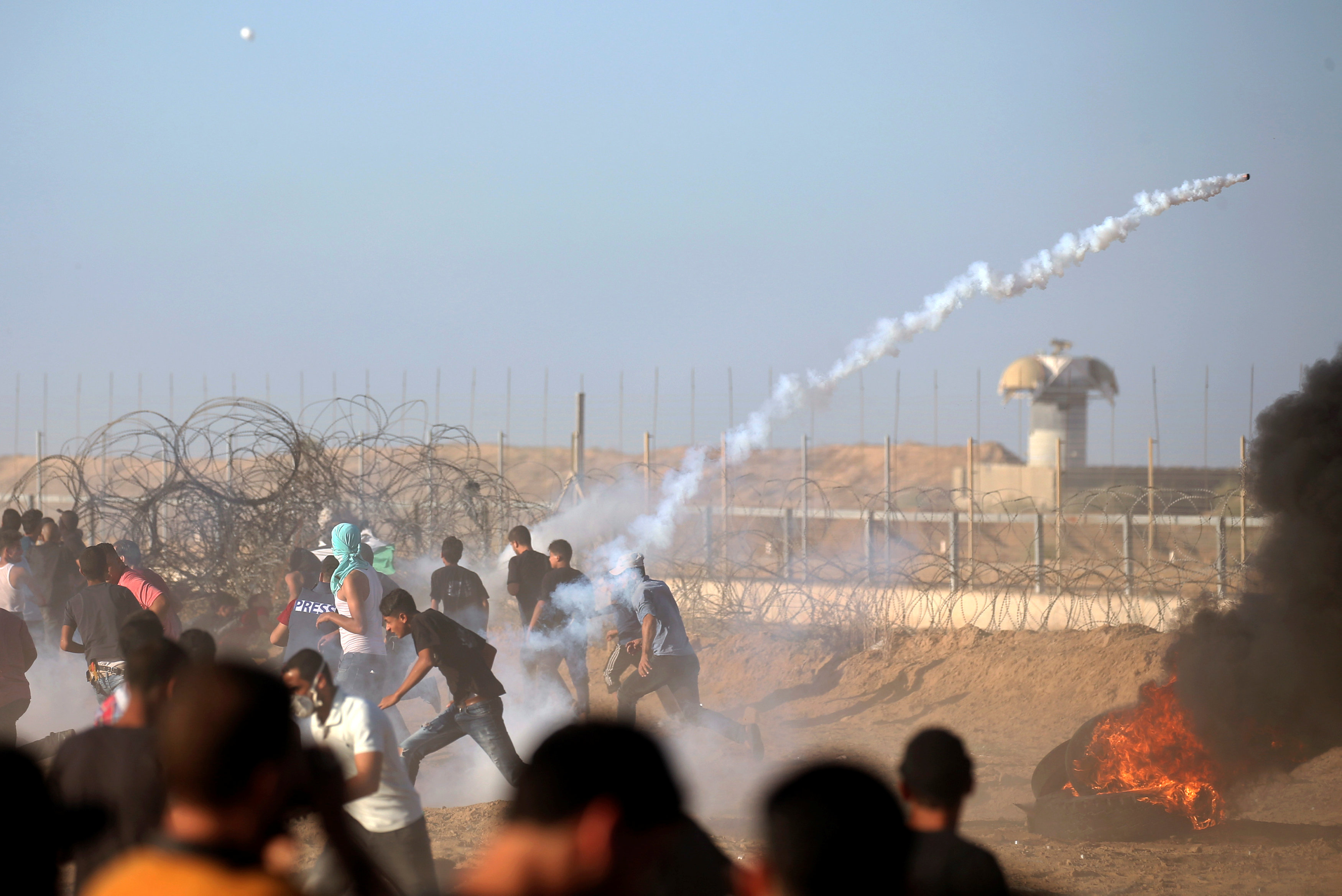 صور | استشهاد فلسطينى وإصابة 40 آخرين برصاص الجيش الاسرائيلي