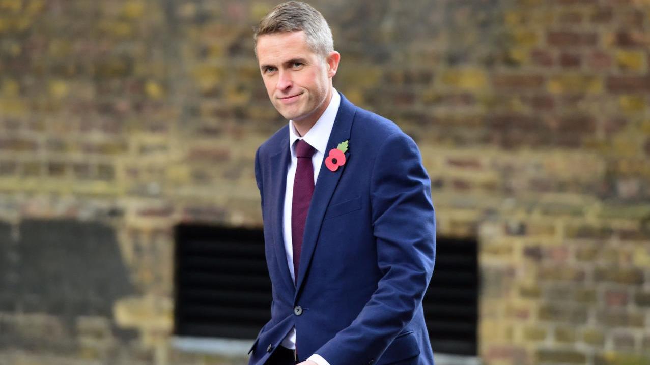 وزير الدفاع البريطاني: البريكست يعزز مكانة المملكة المتحدة العسكرية