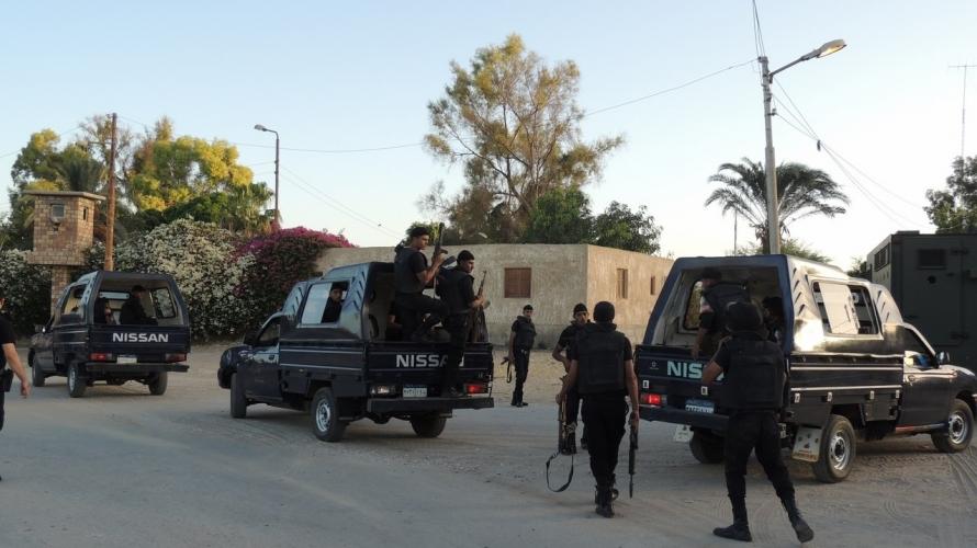ضبط 5 عناصر إجرامية خطرة في حملات أمنيةً بالإسماعيلية