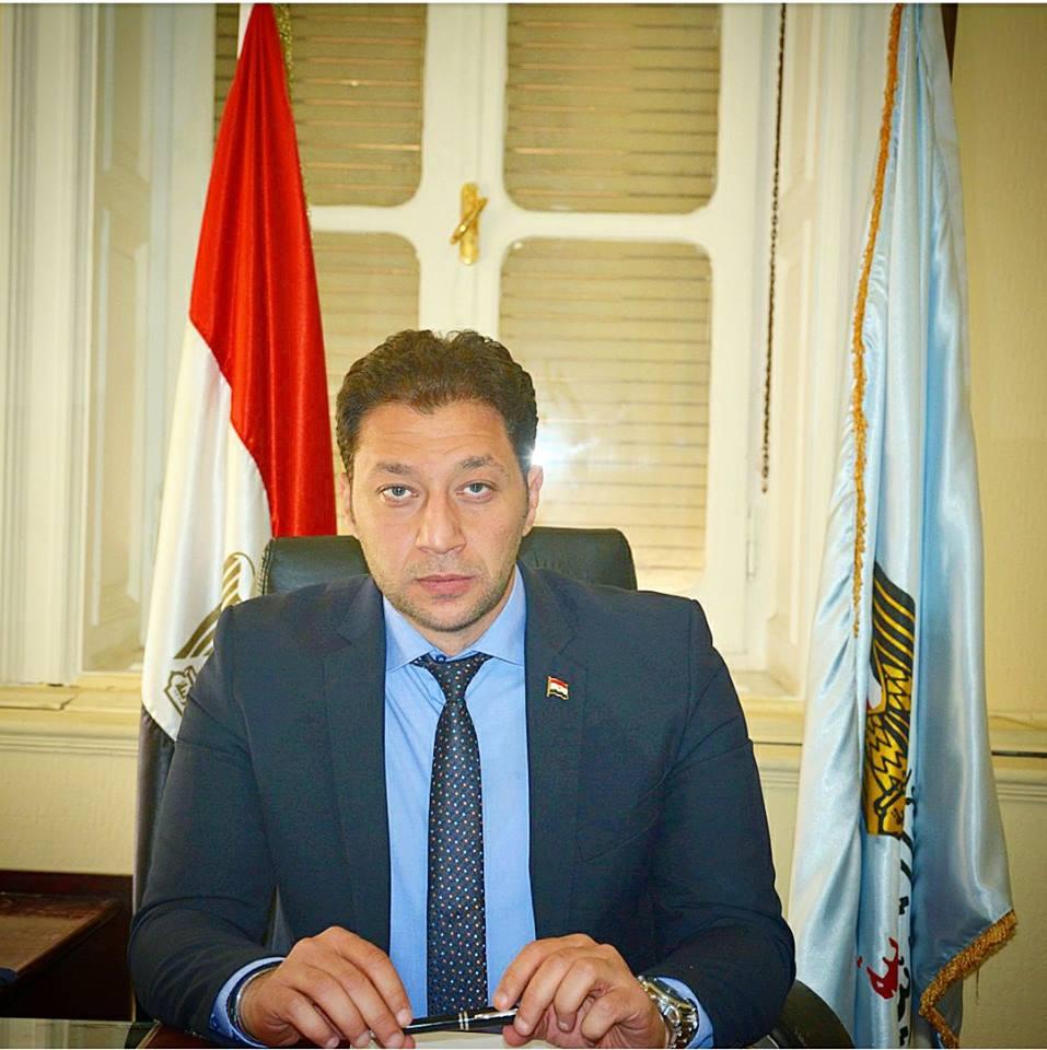 الاعلامي أحمد خيري يتقدم باستقالته من منصب « متحدث التعليم »